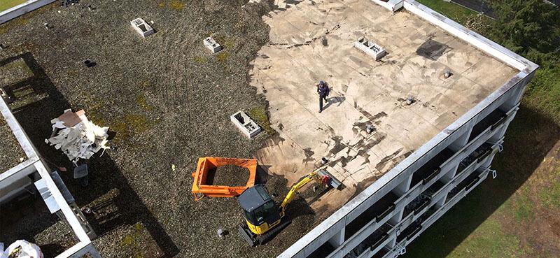 Altlastensanierung - Sanierungsarbeiten an gefahrstoffhaltigen Baustoffen durch.